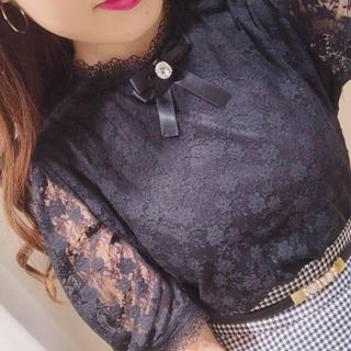 evelyn - 今期最新作💖新品タグ付き💖ブローチレースブラウス