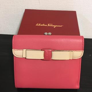 サルヴァトーレフェラガモ(Salvatore Ferragamo)のサルヴァトーレ フェラガモ 財布 折り財布 ピンク(財布)