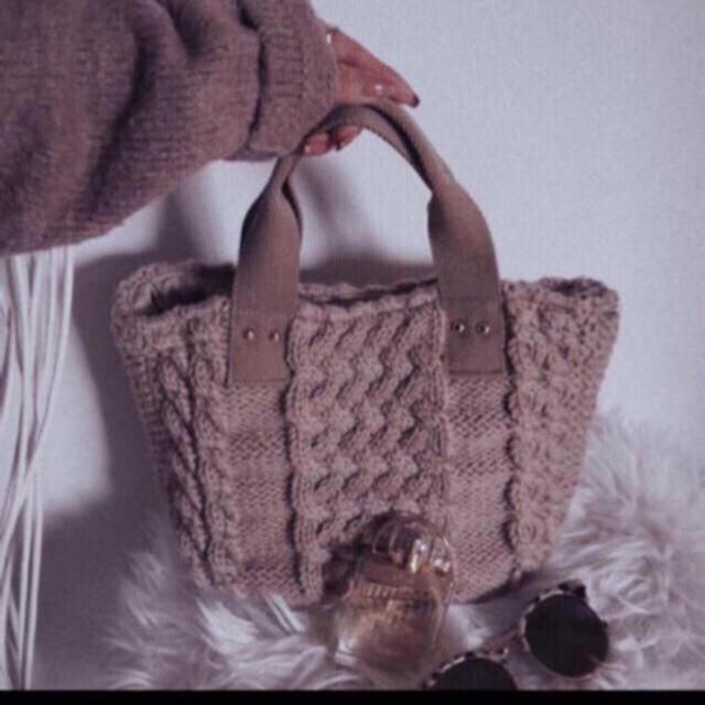 rienda(リエンダ)の❤️【送料込】rienda ケーブルニットミディーBAG ノベルティ レディースのバッグ(トートバッグ)の商品写真