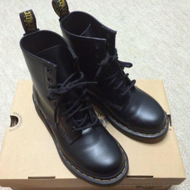 Dr.Martens(ドクターマーチン)のドクターマーチン 8ホール  ブーツ レディースの靴/シューズ(ブーツ)の商品写真