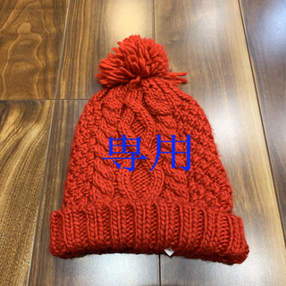 ザラ(ZARA)のニット帽 ZARA 赤(ニット帽/ビーニー)