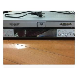 パナソニック(Panasonic)のビデオ一体型DVDプレーヤー(DVDプレーヤー)