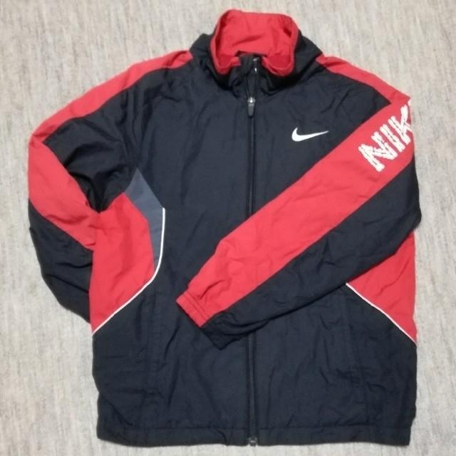 NIKE(ナイキ)のナイキ ウインドブレーカー 上着 140㎝ スポーツ/アウトドアのサッカー/フットサル(ウェア)の商品写真