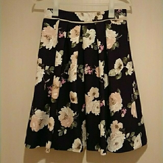 Apuweiser-riche - アプワイザー 花柄スカート 2サイズ