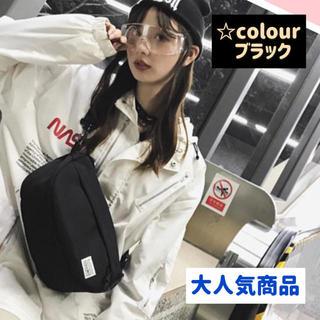 【大人気】軽量 収納力抜群 ボディバッグ ウエストバッグ  韓国 ブラック