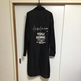 ヨウジヤマモト(Yohji Yamamoto)のスタッフシャツコート ヨウジヤマモト プールオム (シャツ)