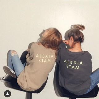 ALEXIA STAM - アリシアスタン トップス ポップアップ ホワイト トレーナー