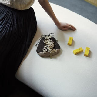 ミナペルホネン(mina perhonen)のミナペルホネン  とらや 巾着 ミニバッグ(その他)
