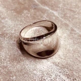 新品 ウェーブリング シルバー おおぶり 大人かわいい 波打つ 水面 波動 指輪(リング(指輪))
