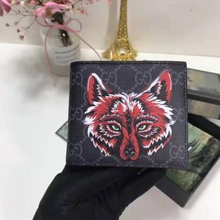 Gucci - GUCCI 二つ折り財布