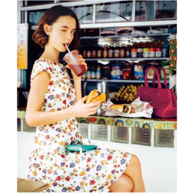 TOCCA(トッカ)のタグ付き 新品 トッカ ワンピース レディースのワンピース(ひざ丈ワンピース)の商品写真