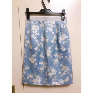ミューズ(Mew's)の花柄フェミニン タイトスカート(ひざ丈スカート)