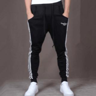 アディダス(adidas)のスウェット ブラック Mサイズ(その他)