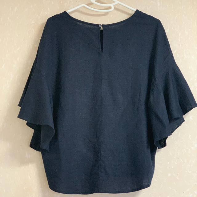 GU(ジーユー)のGU リネンブレンド フレアスリーブブラウス 未使用品 レディースのトップス(シャツ/ブラウス(半袖/袖なし))の商品写真
