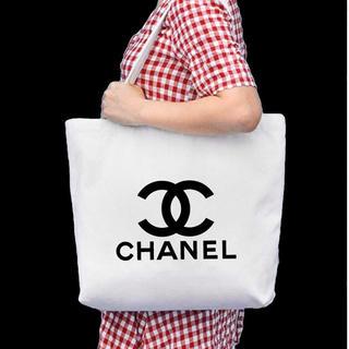 CHANEL - CHANEL ノベルティー新品トートバッグ