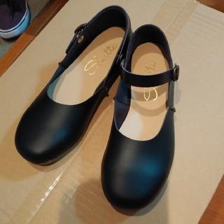 黒ストラップ靴(ハイヒール/パンプス)