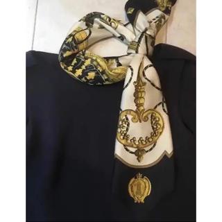 Hermes - 人気の鍵柄 定番 ブラック エルメス スカーフ カレ90