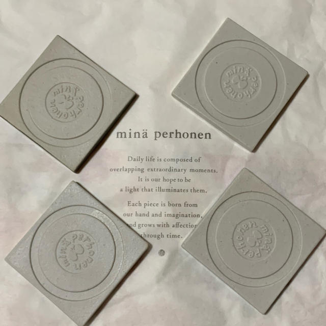 mina perhonen(ミナペルホネン)のミナペルホネン タイル タンバリン 4枚セット新品 インテリア/住まい/日用品のインテリア小物(その他)の商品写真