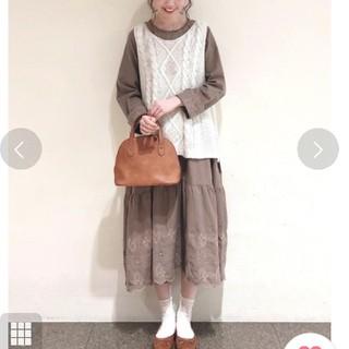 SM2 - サマンサモスモス  モカ  新品 タグ付き 裾スカラップワンピース