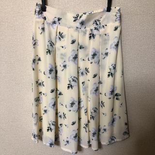 RayCassin - 【レイカズン】花柄ひざ丈スカート