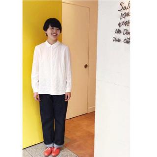 ミナペルホネン(mina perhonen)の美品 サリースコット デニム ワイドパンツ 2 (デニム/ジーンズ)