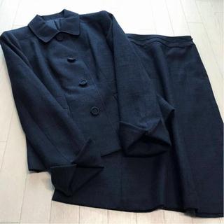 ジェイプレス(J.PRESS)の美品 ジェイプレス フォーマルデザイン スカートスーツ 9/7(スーツ)