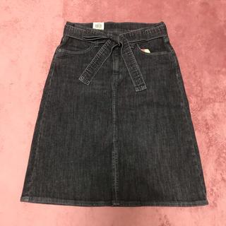 Levi's - 【新品】Levi's ウエストリボン Aラインデニムスカート