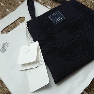 ミナペルホネン(mina perhonen)の新品タグつき ミナペルホネン Rosas ミニバック(ハンドバッグ)