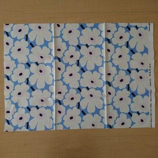マリメッコ(marimekko)のmarimekko マリメッコ ウニッコ ブルー×ホワイト×ピンク(生地/糸)