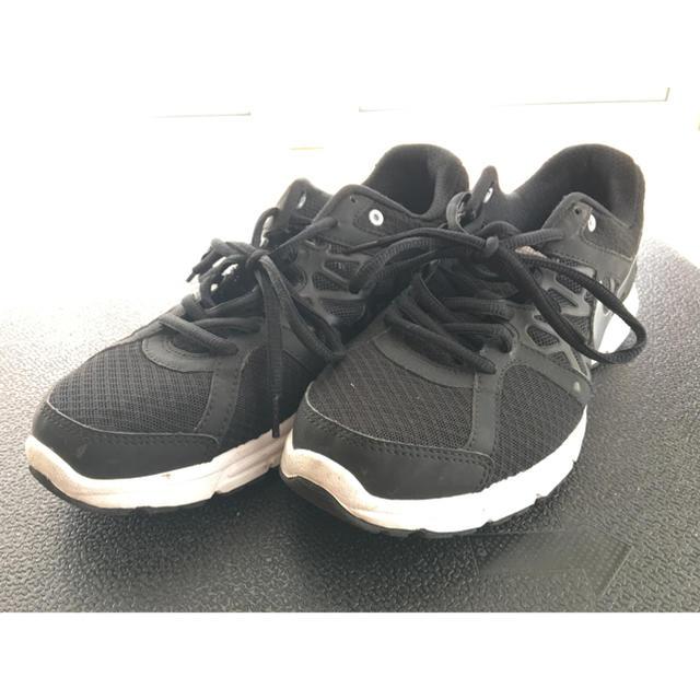 NIKE(ナイキ)のNIKE air relentless2 リレントレス2 ランニングシューズ メンズの靴/シューズ(スニーカー)の商品写真