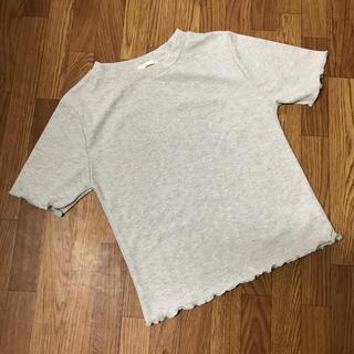 ジーユー(GU)のGU ラメ メロー トップス(カットソー(半袖/袖なし))