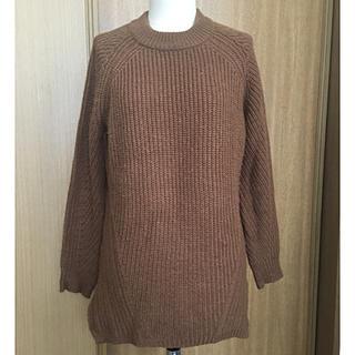 GU - GU 丸首ブラウンセーター