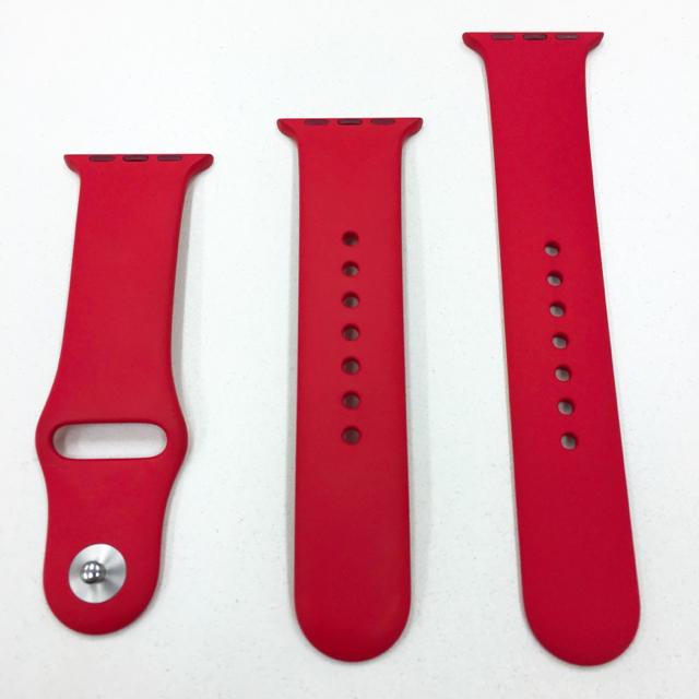 Apple Watch(アップルウォッチ)のアップル純正 スポーツバンド 赤 Apple Watch 38mm用 スマホ/家電/カメラのスマホ/家電/カメラ その他(その他)の商品写真
