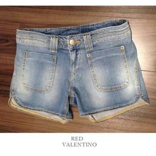 レッドヴァレンティノ(RED VALENTINO)のRED VALENTINO ❤︎ レッド ヴァレンティノ デニム ショートパンツ(ショートパンツ)