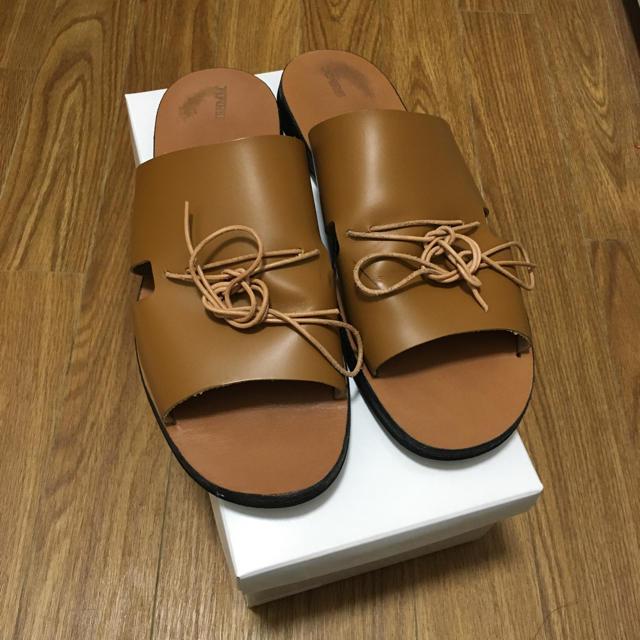 Hender Scheme(エンダースキーマ)のishmm イシュムレザーサンダル メンズの靴/シューズ(サンダル)の商品写真