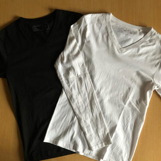 GU - GU ジーユー VネックTシャツ 長袖 2枚セット