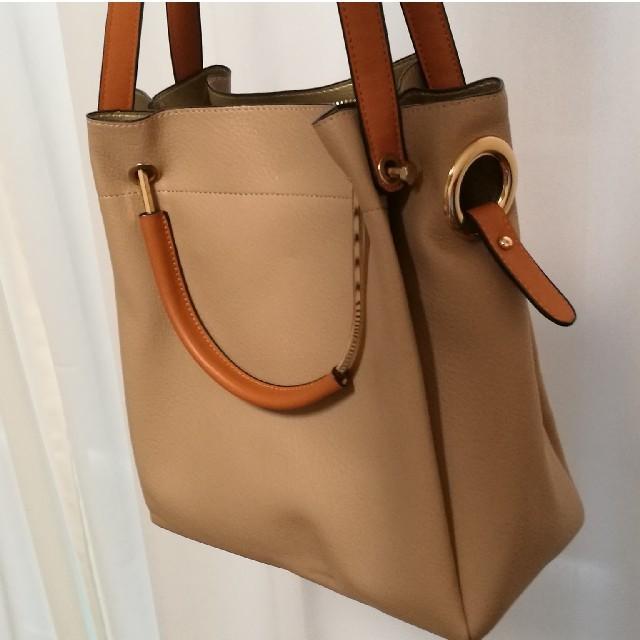 DOORS / URBAN RESEARCH(ドアーズ)のベージュショルダーバッグ レディースのバッグ(ショルダーバッグ)の商品写真