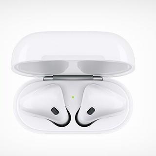 Apple - 充電ボックス付きのApple AirPods Apple Bluetoothヘッ