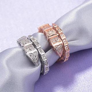 輝く最大の金運を招く白蛇リングサイズフリー、男女兼用(リング(指輪))