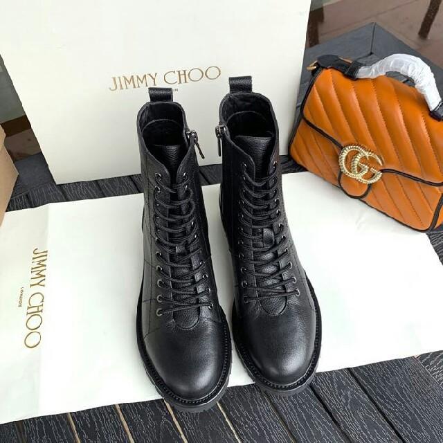 JIMMY CHOO(ジミーチュウ)のJIMMY CHOO ブーツ 22.5cm-25cm レディースの靴/シューズ(ブーツ)の商品写真