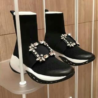 ロジェヴィヴィエ(ROGER VIVIER)のロジェヴィヴィエ 人気 ブーツ(ブーツ)