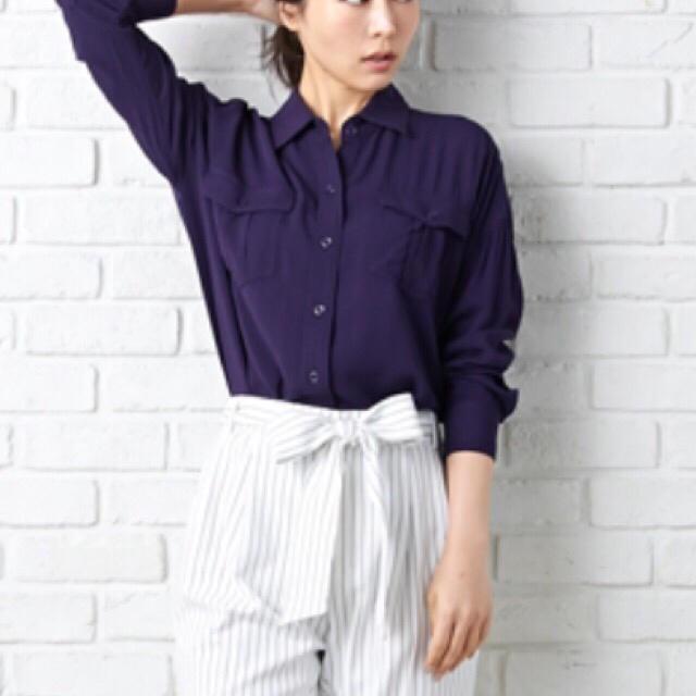 INGNI(イング)の新品!INGNI*とろみシャツ*ミリタリーシャツ レディースのトップス(シャツ/ブラウス(長袖/七分))の商品写真