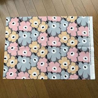 マリメッコ(marimekko)のマリメッコ ミニウニッコ 日本限定復刻カラー 生地(生地/糸)