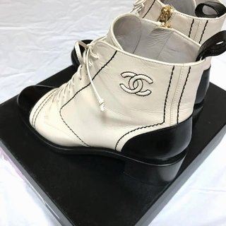 シャネル(CHANEL)の2019 シャネル レースアップブーツ(ブーツ)