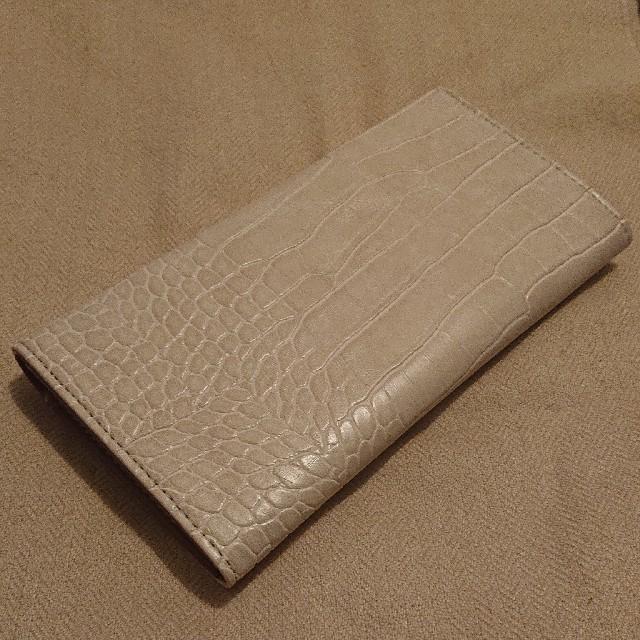 しまむら(シマムラ)の新品タグ付き★しまむら×mumuコラボ/サークルボタン長財布/白/ホワイト レディースのファッション小物(財布)の商品写真
