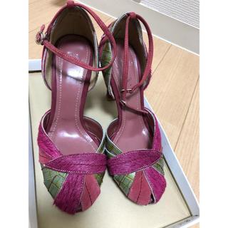 ピンクのヒール靴(ハイヒール/パンプス)