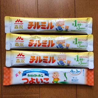 モリナガニュウギョウ(森永乳業)の粉ミルク フォローアップミルク 4本(その他)