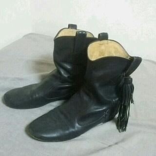 オゥバニスター(AU BANNISTER)のフリンジブーツ(ブーツ)