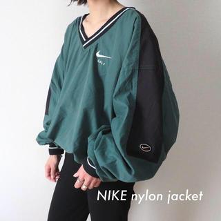 NIKE - NIKE ナイキ 刺繍ロゴ ビッグ プルオーバー ナイロンジャケット 古着