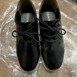 ウィゴー(WEGO)の厚底シューズ(ローファー/革靴)